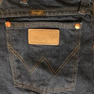 Wrangler Blue Jeans Like New 32 x 30
